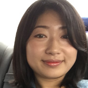 Photo of page author Sally Hong