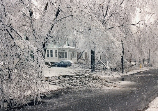 How to Get Homeowners Insurance to Pay for Winter Storms
