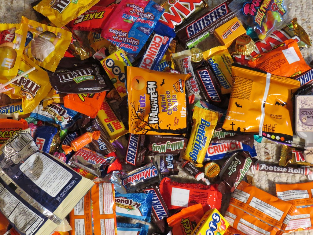 The Truth and Myths Behind Poisoned Halloween Candy