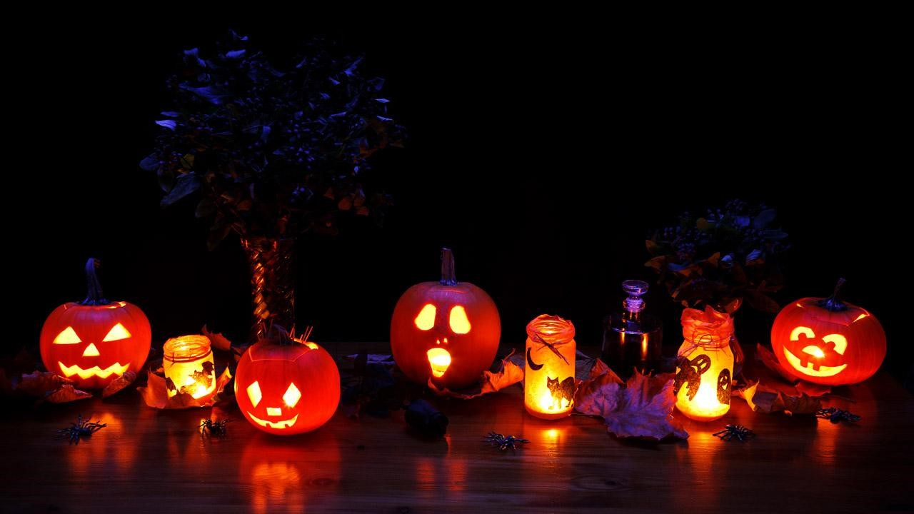 How to Decorate Safely for Halloween